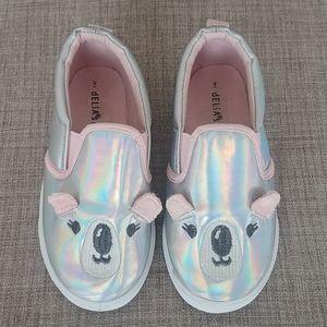 Delias Girl Iridescence Koala Shoes